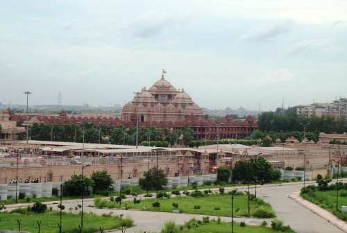Akshardham Temple in Delhi on Yamuna floodplain
