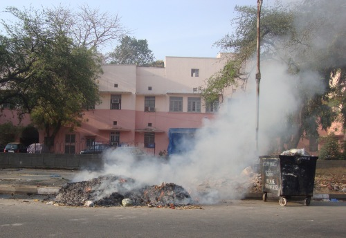leaves-burning-lodhi -colony