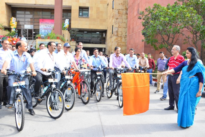 Ministry of Electronics and Information Technology Takes #Cycle2Work