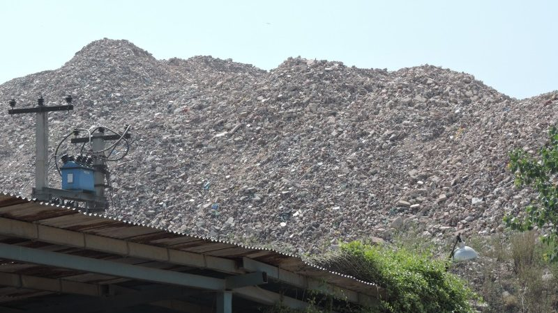 Does Delhi Have a New Landfill at Jahangirpuri, Next to Bhalswa?