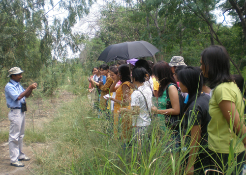 Students of IP College for Women, DU at the Yamuna Biodiversity Park