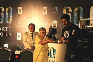 Earth Hour 2010 Launched by CM Shiela Dixit, Abhishek Bachchan