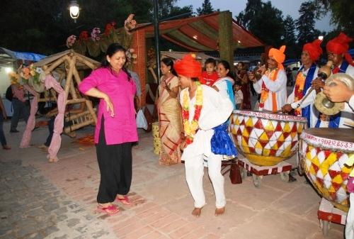 Teej Festival, Delhi Monsoon and Dilli Haat