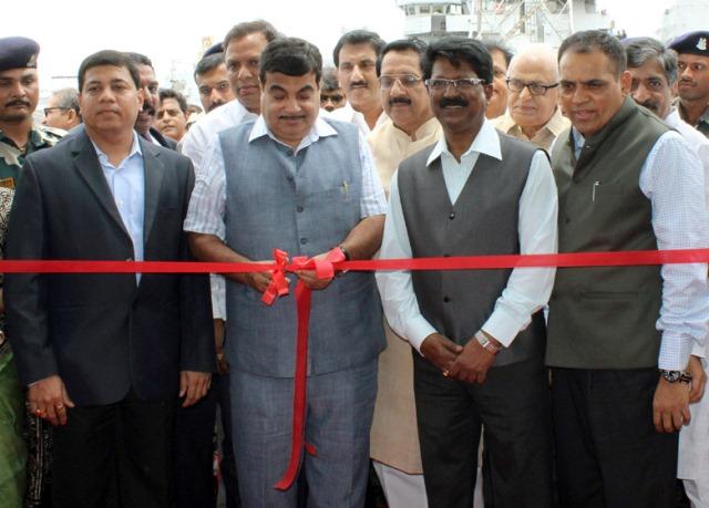 nitin-gadgari-inaugurates-oil-spill-response-centre