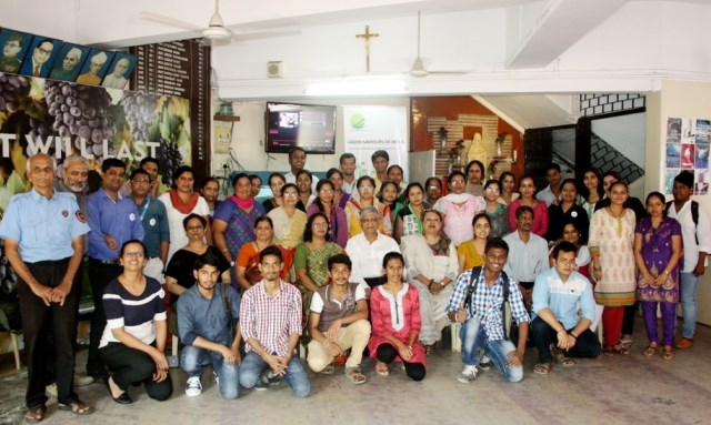 Viom Networks Builds Capacity for Environment Education