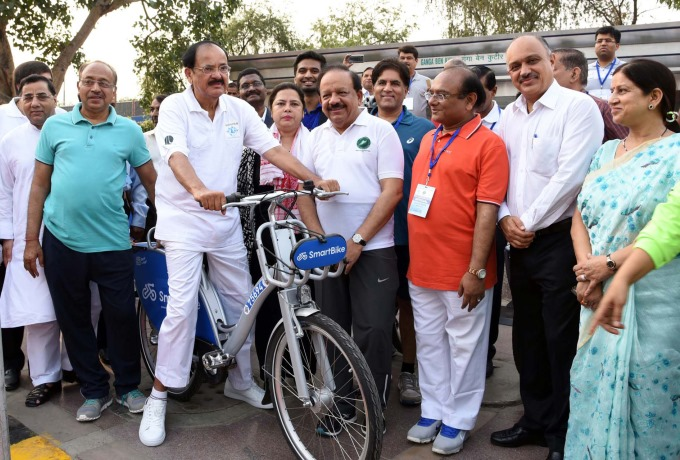 Honble Vice President Advocates Cycling for Good Health
